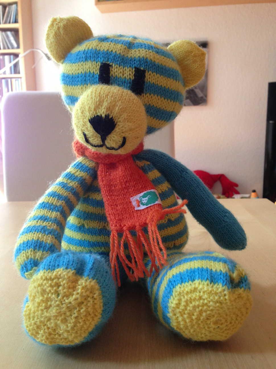 Der Winter kann kommen, der Ringel-Teddy ist vorbereitet